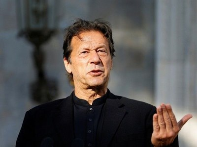 """Change has been brought in Pakistan as """"big thieves"""" are being held accountable: PM"""