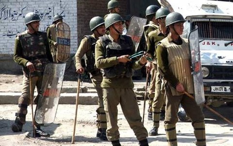 Police in IIOJK file FIR against media outlet for exposing Indian Army's pressure tactics