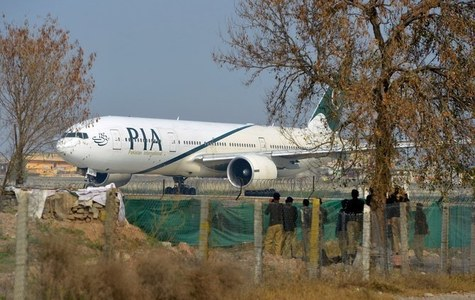 Indian lobby conspiracy behind seizure of PIA plane in Malaysia, says Sarwar