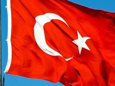Turkey makes fresh arrests after US censure