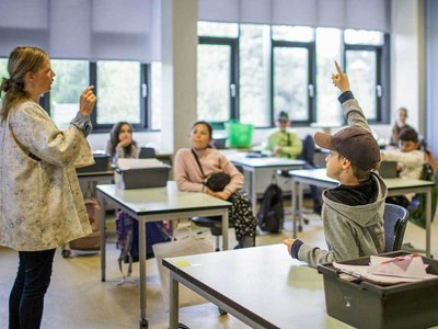 Kids in Jordan head back to classrooms after almost a year
