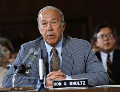 George Shultz, who helped usher out Cold War, dies