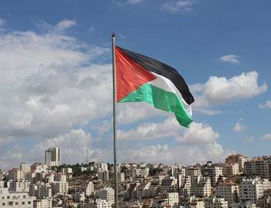 Palestinians launch postcodes in assertion of sovereignty