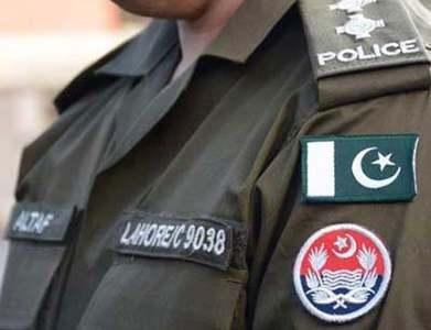 Lahore Police retrieve plaza from Teefi Butt group