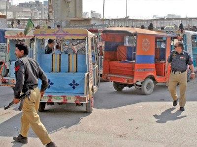 Sindh imposes ban on six, nine-seater Qingqi rickshaws