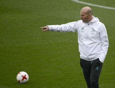 Zidane praises Real for reaction to new formation