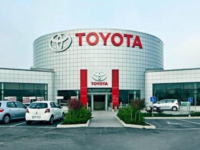 Toyota Q3 net profit soars