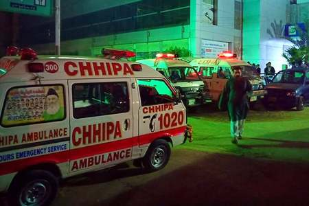 Three killed as thread factory catches fire in Karachi