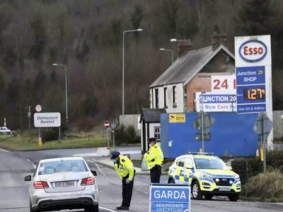 Ireland's third virus lockdown set to last to April