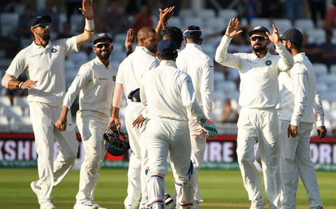 England slump to 39-4 after India put on 329 in 2nd Test