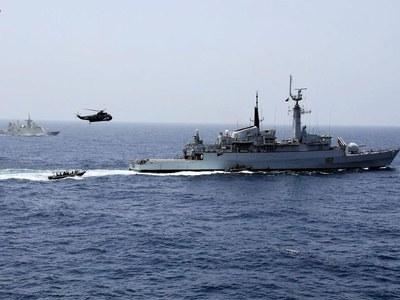 AMAN-21: Gen Nadeem witnesses maritime counter terrorism demo
