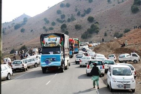 Torkham opens for pedestrian travel