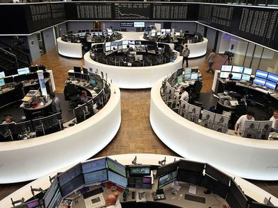 European shares hover near one-year highs