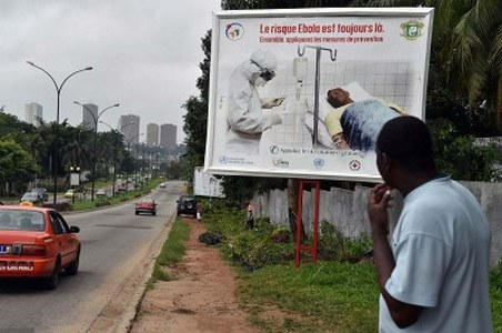 US warns of Ebola threat after Africa outbreaks