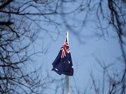 Aussie banks balance above topsy-turvy economy