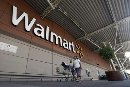 Walmart rides soaring holiday demand to beat same-store sales estimates