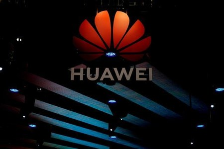 Huawei to cut its 2021 phone production in half