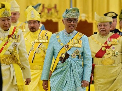 Malaysian king says parliament can sit, in blow for embattled PM