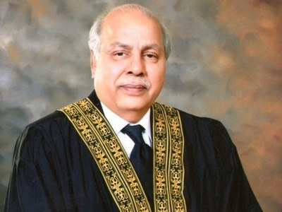 Lawyers cannot construct chambers on public property: CJ