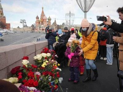 Russians mark sixth anniversary of Kremlin critic's murder