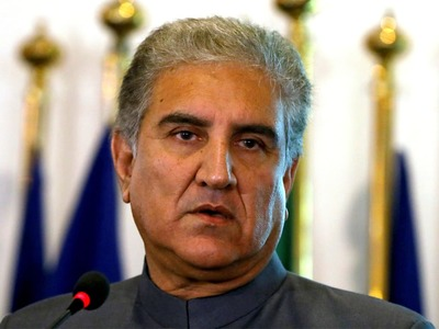 Pakistan wants to resolve issues with India peacefully: Qureshi