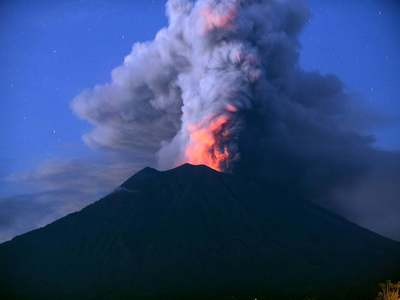 Indonesia's erupting Sinabung volcano belches column of ash