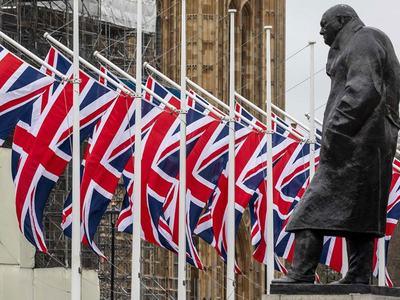 Britain slashes 2021 growth in virus-fighting budget