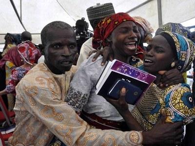 Freed Nigerian schoolgirls to reunite with parents