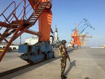China, Pakistan invites foreign investors to participate in CPEC