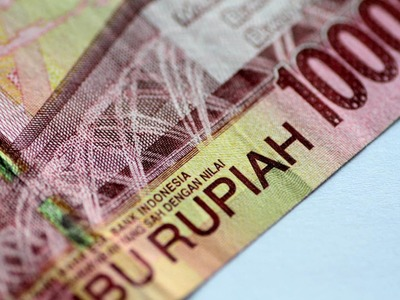 Indonesia's rupiah hits 4-month low as US bond yields rise