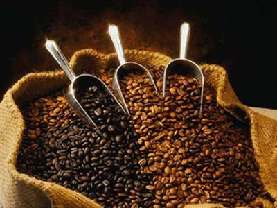 Robusta coffee prices weaken, cocoa also down