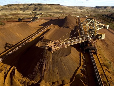 Iron ore rises on easing China liquidity concerns