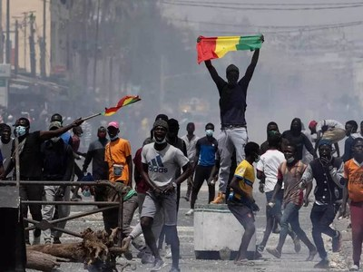 Senegal tightens security as opposition leader faces court