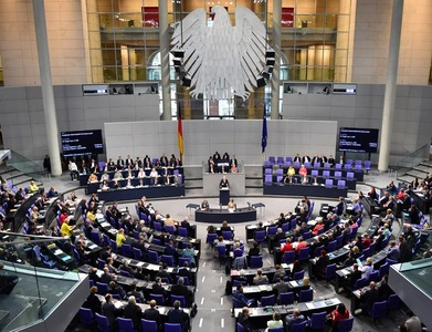 German lawmaker from Merkel's conservatives quits over face mask scandal