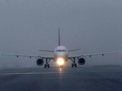 Jet leasing in shake-up as AerCap, GE unit discuss tie-up