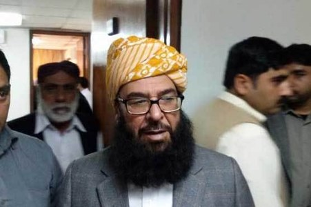 Govt offers deputy chairman Senate slot to JUI-F's Abdul Ghafoor Haideri
