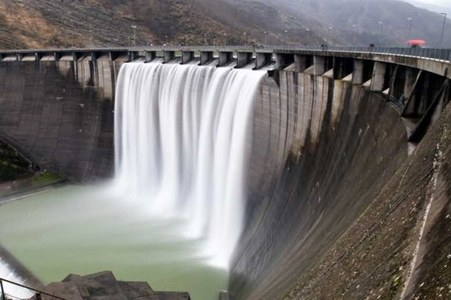 KP govt inks pact for 300 MW Balakot hydropower project