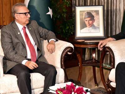 Alvi sees steady improvement in economy