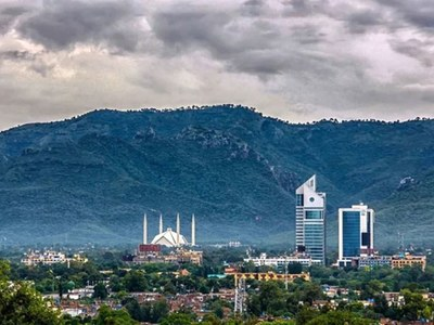 COVID-19 positivity rate jumps up to 8.4% in Islamabad