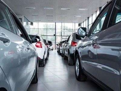 EU car sales fall again in February