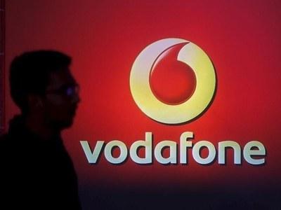 Vodafone floats phone towers unit in Frankfurt