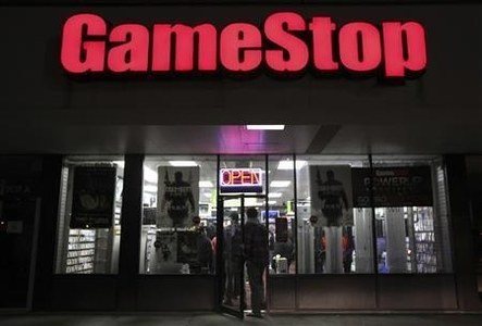GameStop shares gyrate as it reports mixed earnings