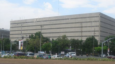 Philippine central bank keeps key rates steady, as expected