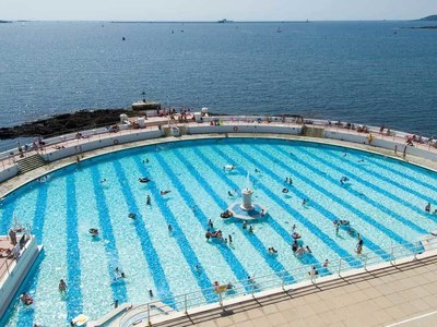 Brits flock to pools and parks as lockdown eases