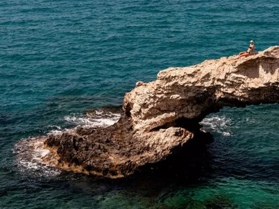 Cyprus to swing doors open to main tourist markets