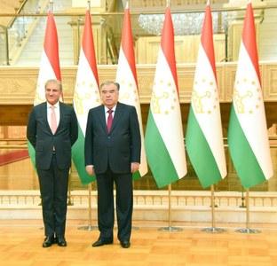 FM Qureshi meets Tajik president, defence minister
