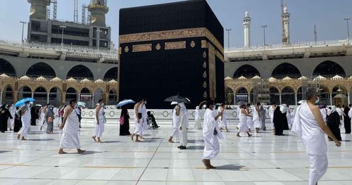 COVID vaccine not needed for performing Umrah in Ramadan, say Saudi officials