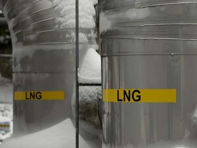 China's Sinopec seeks spot LNG supplies from June through Feb