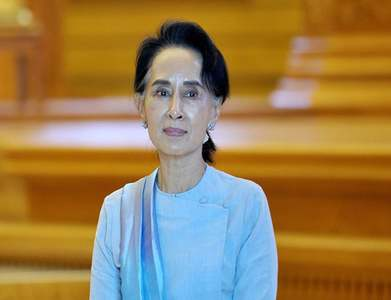 Suu Kyi faces new charge under Myanmar's secrets act; wireless internet suspended