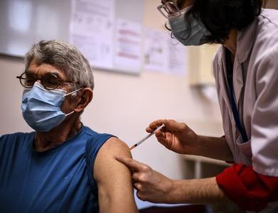 Netherlands halts use of AstraZeneca vaccine for people under 60